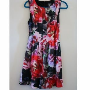 Vince Camuto Flowery Dress